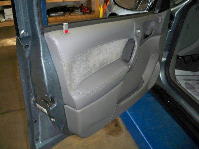 2002 Saturn L-Series LW200 4dr Wagon - Depere WI