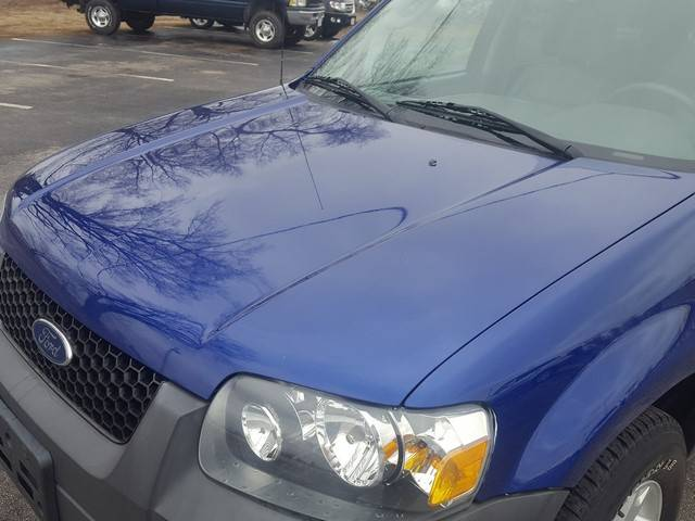 2005 Ford Escape AWD XLT 4dr SUV - Depere WI