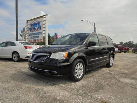 2013 Chrysler Town and Country for sale in Auburndale, FL