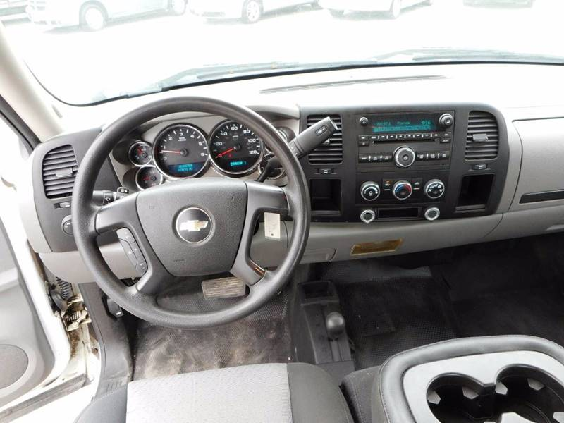 2009 Chevrolet Silverado 2500HD for sale at Twin City Motors in Grand Forks ND