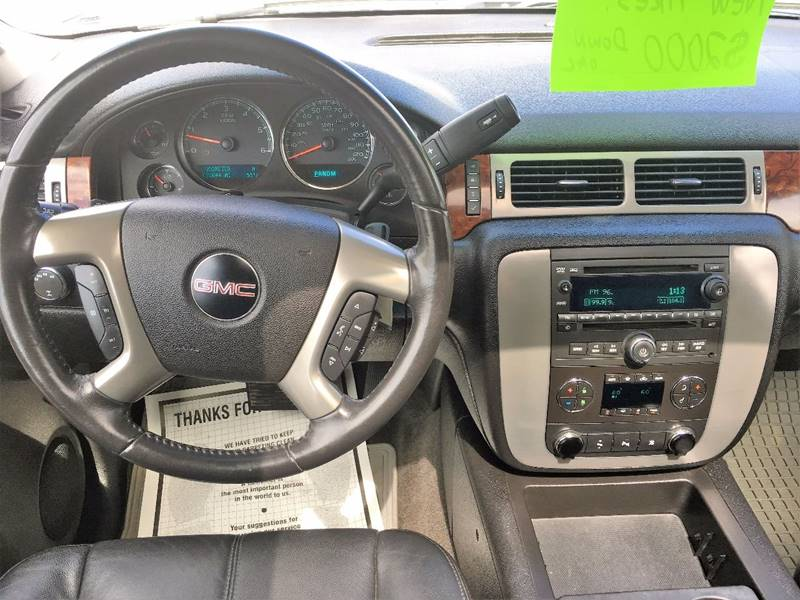 2009 GMC Yukon for sale at Twin City Motors in Grand Forks ND