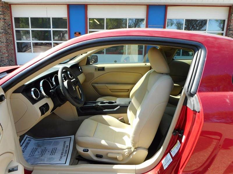2005 Ford Mustang for sale at Twin City Motors in Grand Forks ND