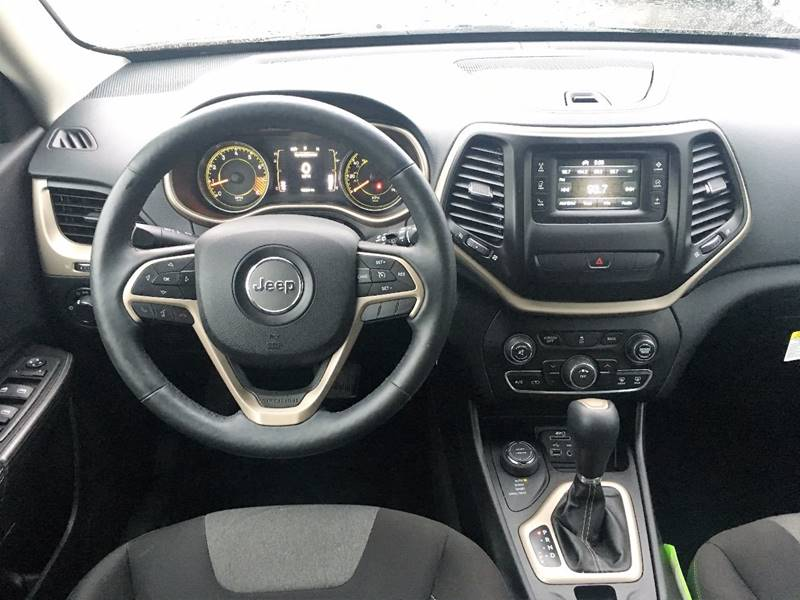 2014 Jeep Cherokee for sale at Twin City Motors in Grand Forks ND