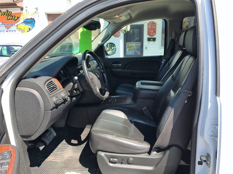 2007 Chevrolet Avalanche for sale at Twin City Motors in Grand Forks ND