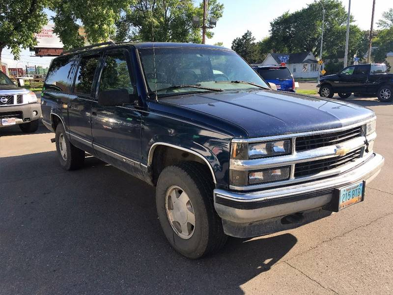 1996 Chevrolet Suburban for sale at Twin City Motors in Grand Forks ND