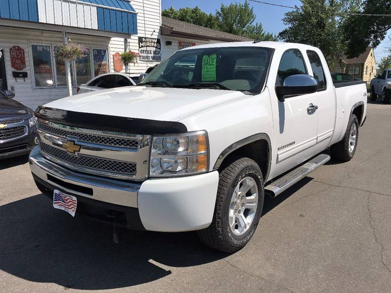 2009 Chevrolet Silverado 1500 for sale at Twin City Motors in Grand Forks ND