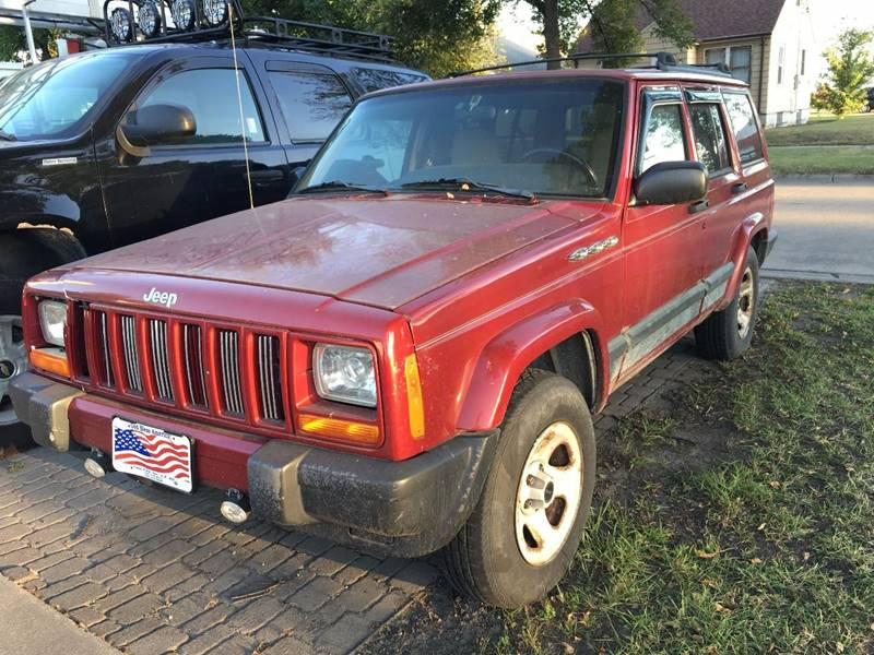 1999 Jeep Cherokee for sale at Twin City Motors in Grand Forks ND