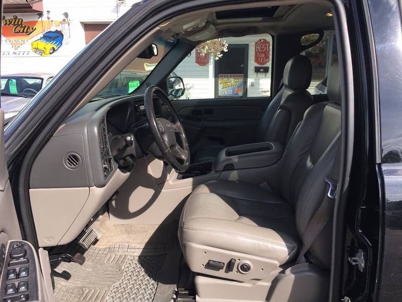 2005 GMC Yukon for sale at Twin City Motors in Grand Forks ND