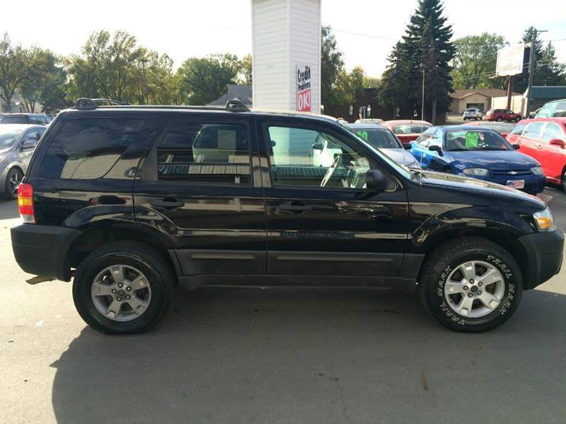 2005 Ford Escape for sale at Twin City Motors in Grand Forks ND