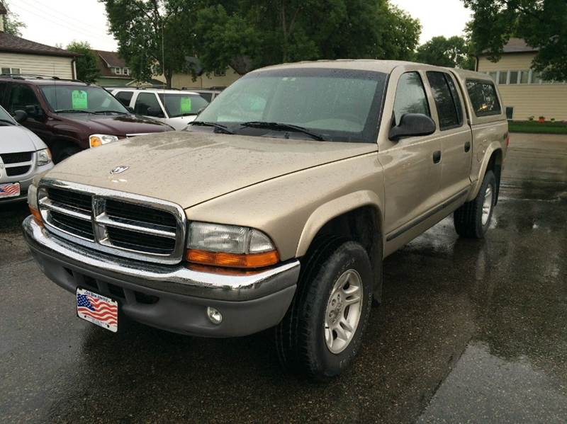 2004 Dodge Dakota for sale at Twin City Motors in Grand Forks ND