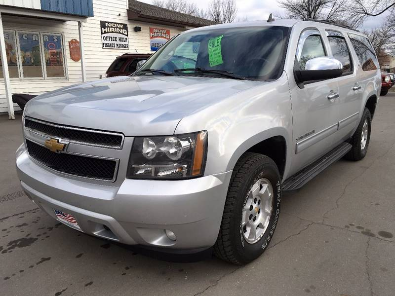 2010 Chevrolet Suburban for sale at Twin City Motors in Grand Forks ND