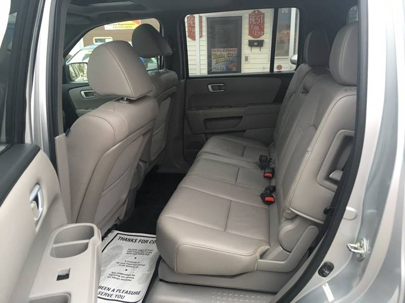 2013 Honda Pilot for sale at Twin City Motors in Grand Forks ND