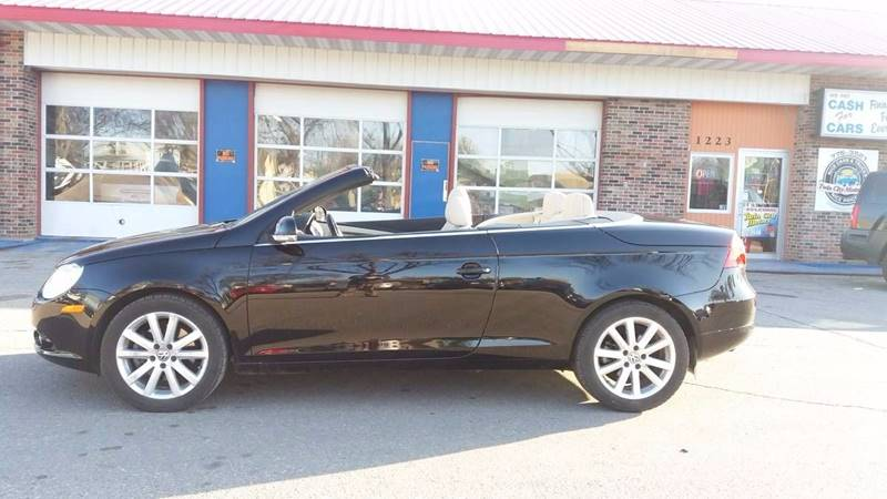 2007 Volkswagen Eos for sale at Twin City Motors in Grand Forks ND