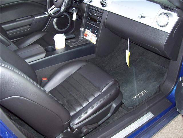 2006 Ford Mustang for sale at Twin City Motors in Grand Forks ND