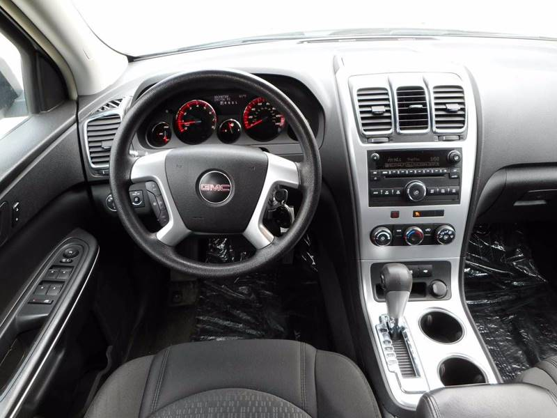 2009 GMC Acadia for sale at Twin City Motors in Grand Forks ND