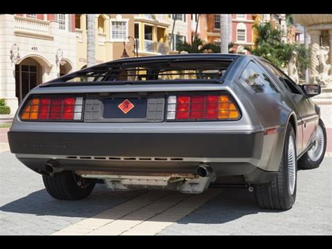 1983 DeLorean DMC-12
