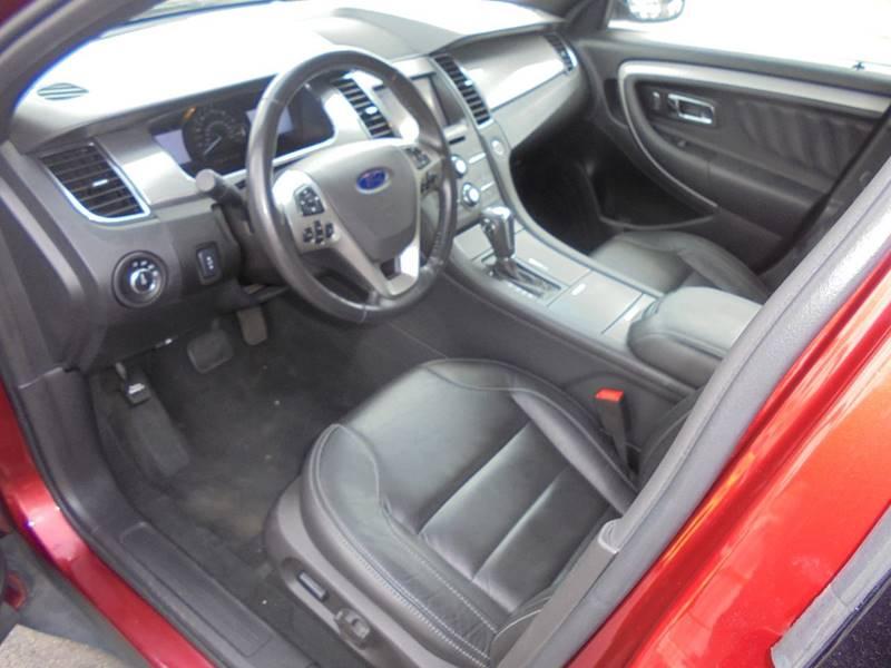 2013 Ford Taurus AWD SEL 4dr Sedan - Hartford WI
