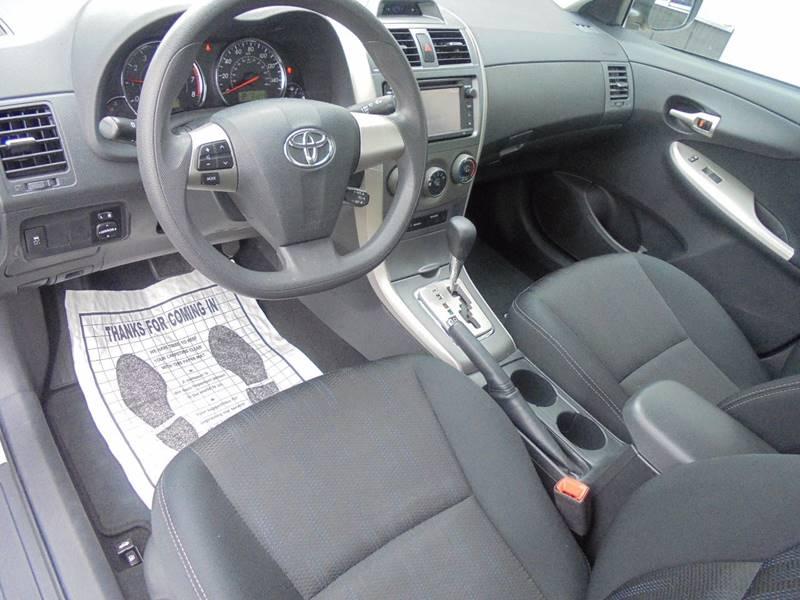 2013 Toyota Corolla S 4dr Sedan 4A - Hartford WI