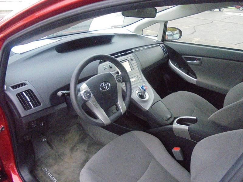 2014 Toyota Prius Four 4dr Hatchback - Hartford WI