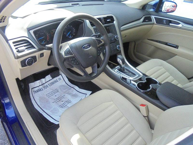 2015 Ford Fusion SE 4dr Sedan - Hartford WI