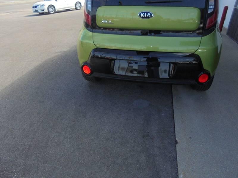 2016 Kia Soul + 4dr Wagon - Hartford WI