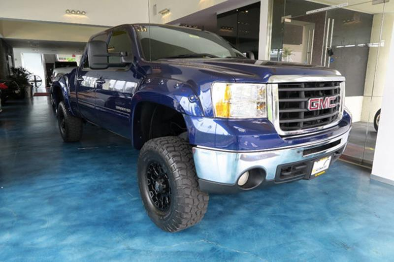 2007 GMC Sierra 2500HD for sale at OC Autosource in Costa Mesa CA