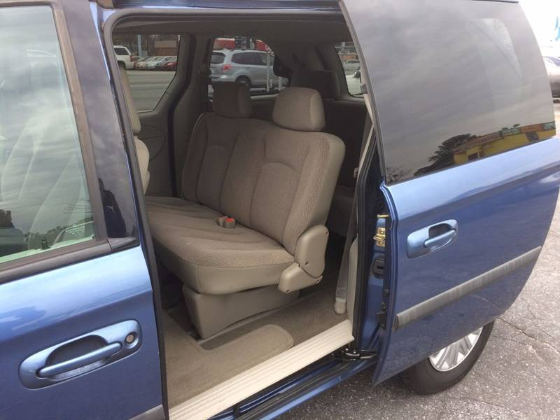 2007 Chrysler Town and Country 4dr Mini-Van - Atlanta GA