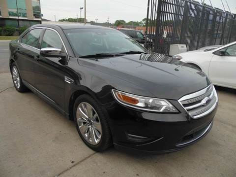 2011 Ford Taurus for sale at Gus's Used Auto Sales in Detroit MI
