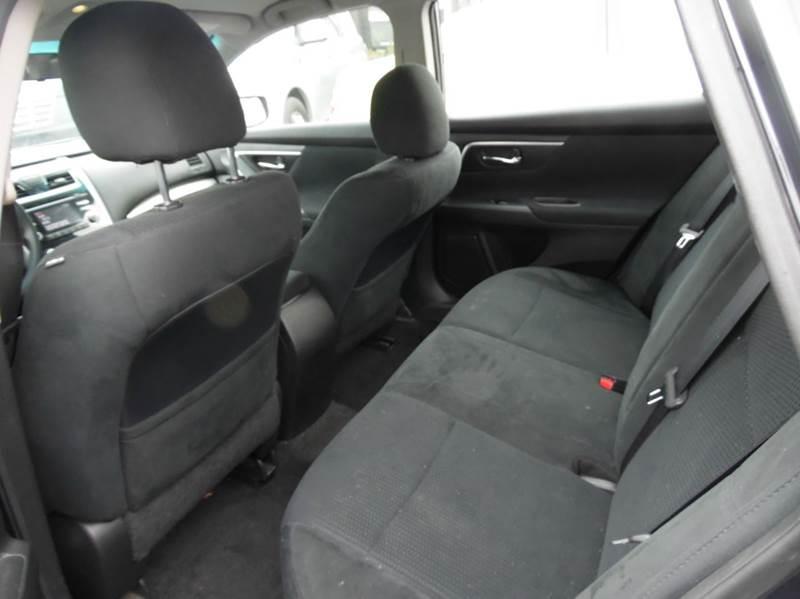 Nissan Altima Black Interior Simple Nissan Altima Sl In Action