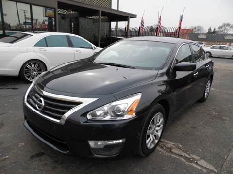 2015 Nissan Altima for sale at Gus's Used Auto Sales in Detroit MI