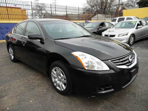2012 Nissan Altima for sale at Gus's Used Auto Sales in Detroit MI