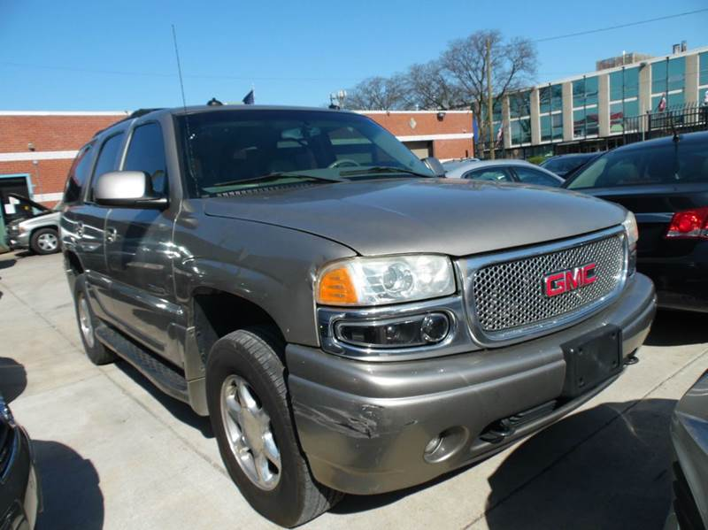 2003 Gmc Yukon car for sale in Detroit