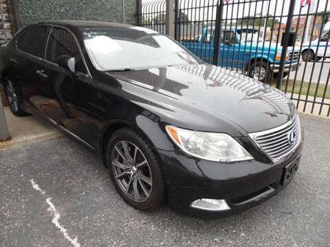 2007 Lexus LS 460 for sale at Gus's Used Auto Sales in Detroit MI