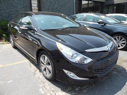 2011 Hyundai Sonata Hybrid for sale at Gus's Used Auto Sales in Detroit MI