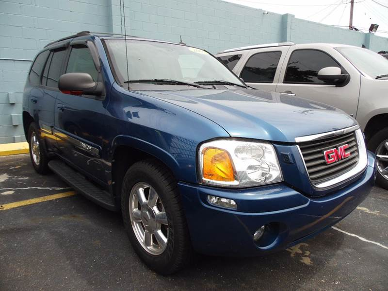 2005 Gmc Envoy car for sale in Detroit
