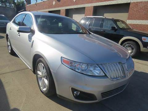 2009 Lincoln MKS for sale at Gus's Used Auto Sales in Detroit MI