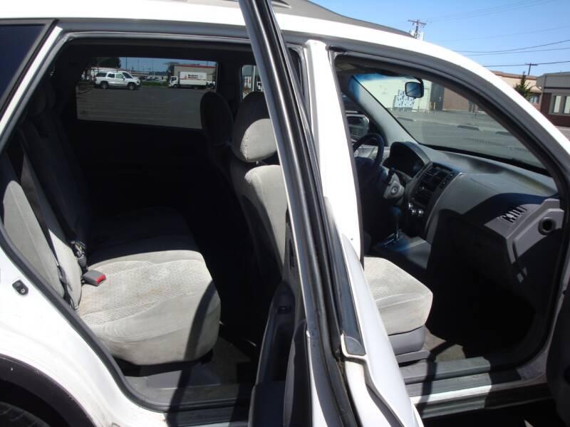 2005 Hyundai Tucson GLS 4-DOOR 4X4 V6 AUTO ALLOYS RUNS GREAT ! - Longview WA