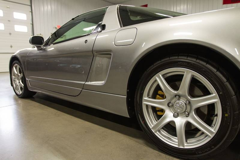 View large image: 2004 Acura NSX