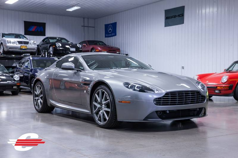 2012 Aston Martin V8 Vantage Base 2dr Coupe