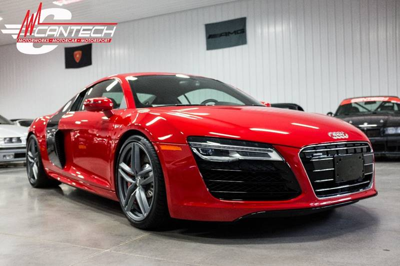 2015 Audi R8 5.2 quattro AWD 2dr Coupe 7A