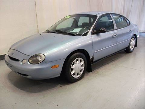 1997 Ford Taurus for sale in Madison, OH