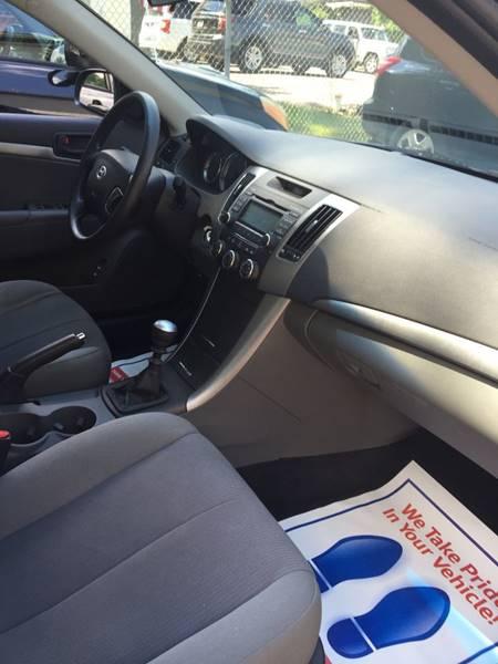 2009 Hyundai Sonata GLS 4dr Sedan - Clarence NY
