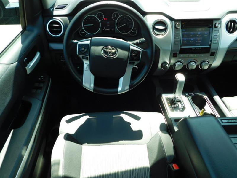 2016 Toyota Tundra 4x4 SR5 4dr CrewMax Cab Pickup SB (5.7L V8 FFV) - Hopkins MN
