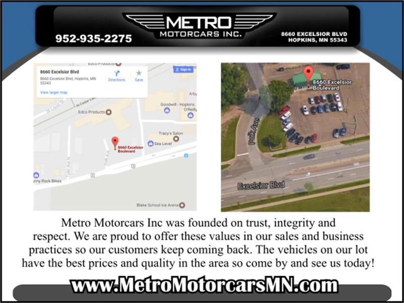 2011 Chrysler Town and Country Touring 4dr Mini-Van - Hopkins MN