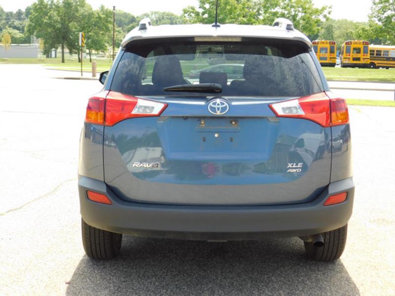 2014 Toyota RAV4 AWD XLE 4dr SUV - Hopkins MN