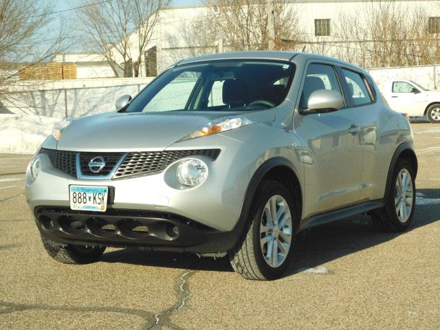 2013 Nissan JUKE AWD S 4dr Crossover - Hopkins MN
