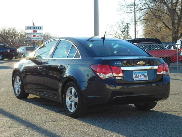 2014 Chevrolet Cruze 1LT Auto 4dr Sedan w/1SD - Hopkins MN