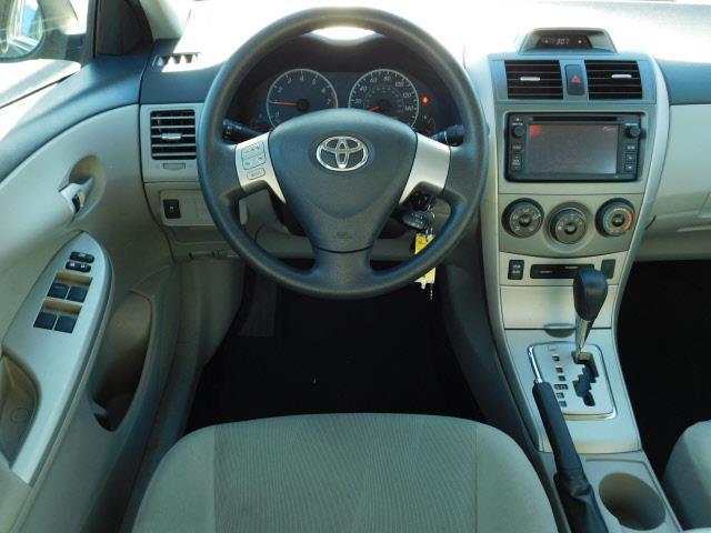 2013 Toyota Corolla LE 4dr Sedan 4A - Hopkins MN