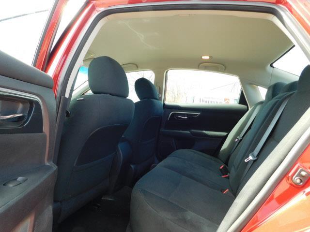 2014 Nissan Altima 2.5 SV 4dr Sedan - Hopkins MN