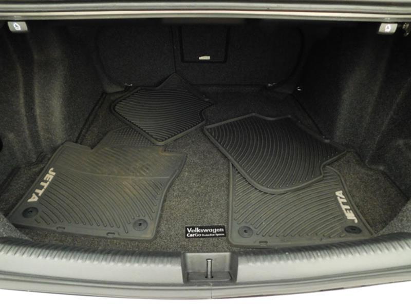 2014 Volkswagen Jetta SEL PZEV 4dr Sedan - Hopkins MN